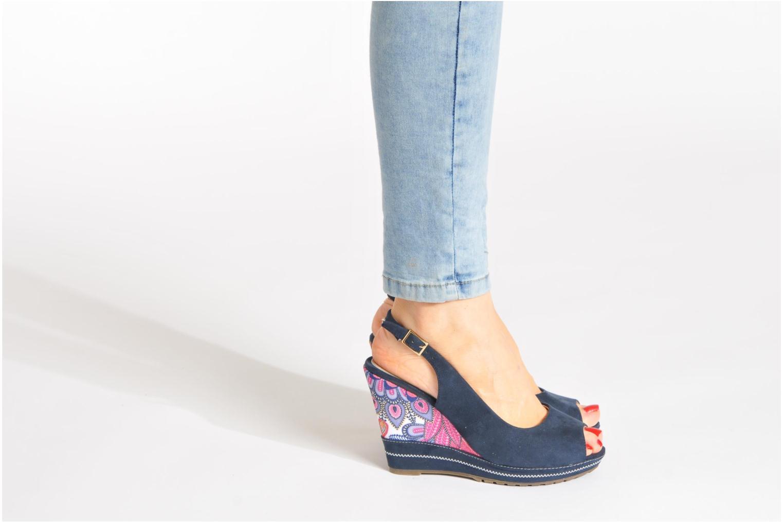 Sandals Refresh Behnam Beige view from underneath / model view