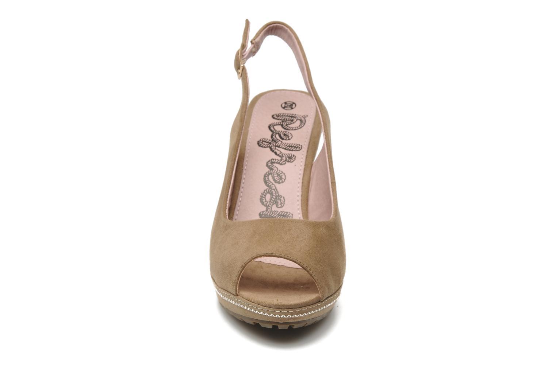 Sandalen Refresh Behnam beige schuhe getragen