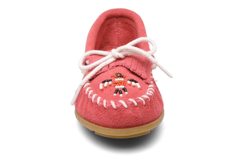 Loafers Minnetonka Thunderbird II Moc G Pink se skoene på