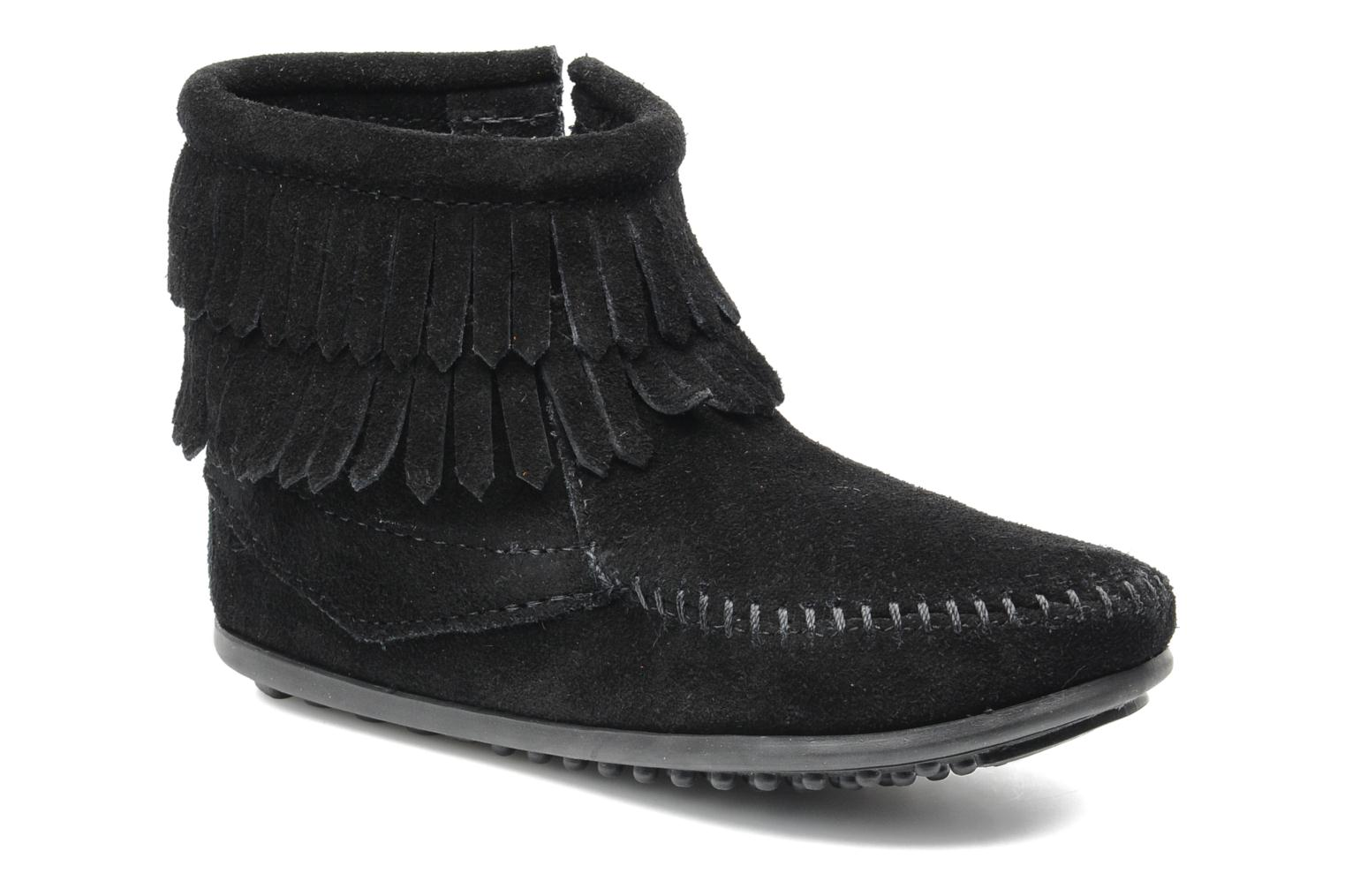 Ankle boots Minnetonka Double Fringe bootie G Black detailed view/ Pair view
