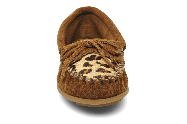 Slipper Minnetonka Leopard Kilty Moc G braun schuhe getragen