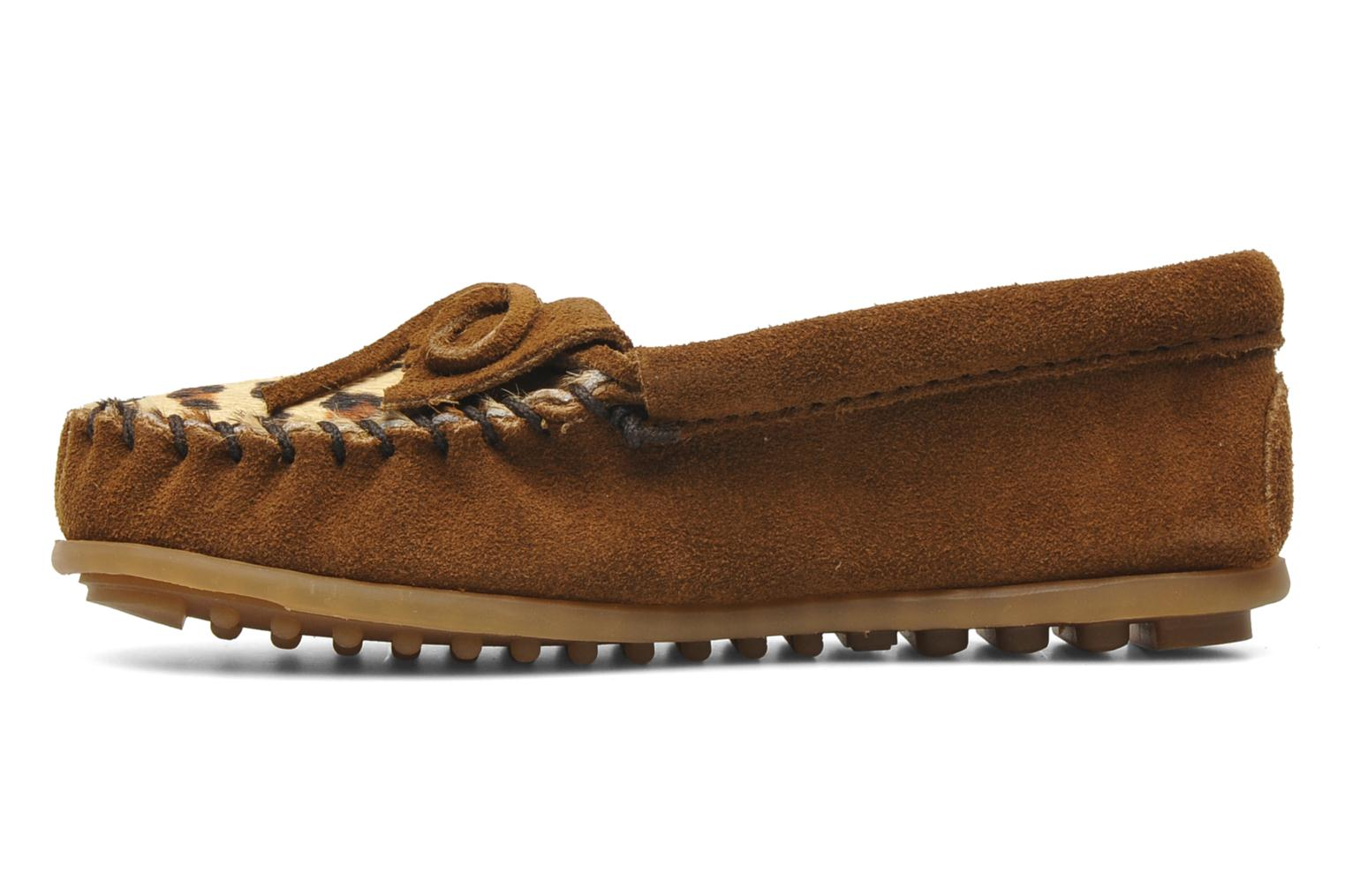 Mocasines Minnetonka Leopard Kilty Moc G Marrón vista de frente