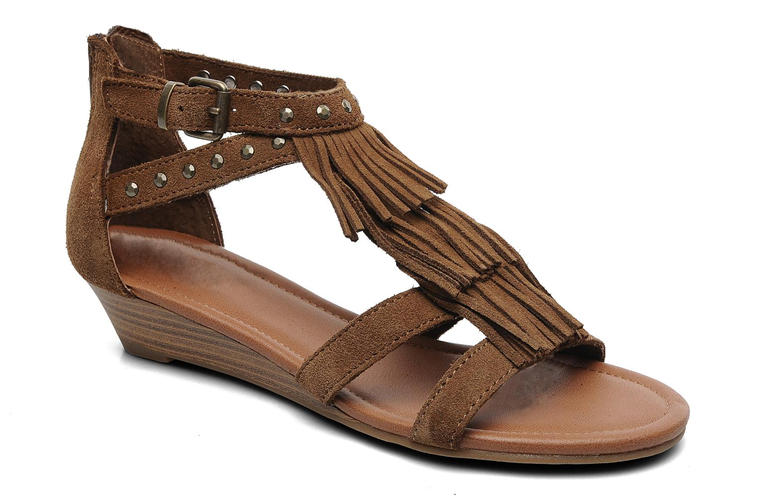 Sandals Minnetonka Monaco Brown detailed view/ Pair view