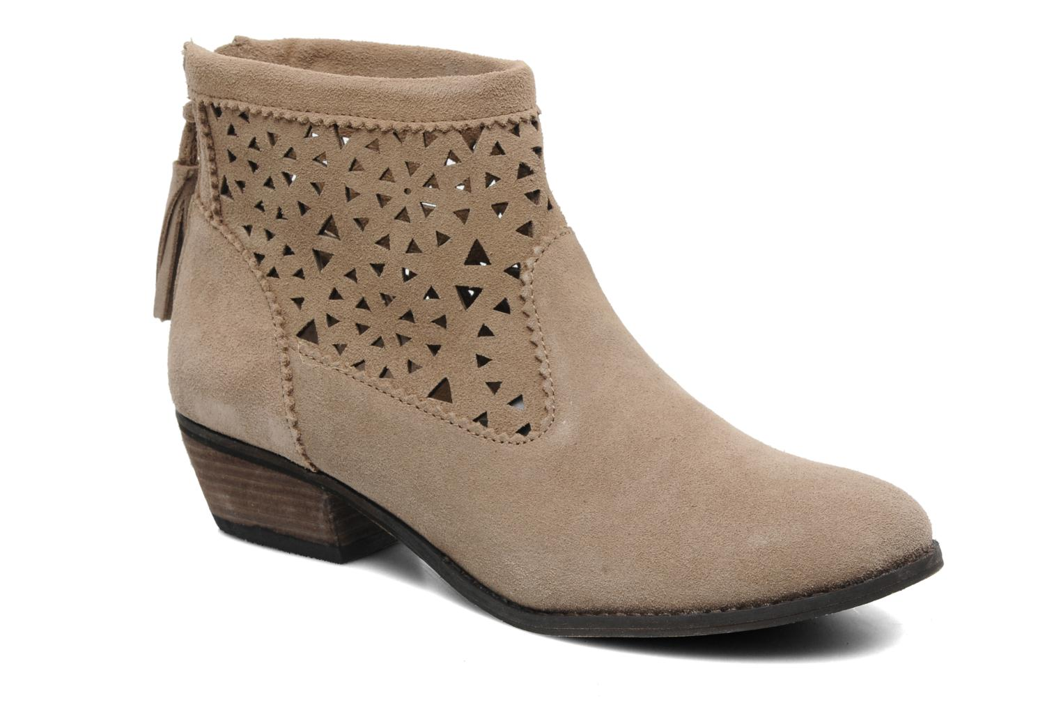 Ankle boots Minnetonka Cutout Boot Beige detailed view/ Pair view