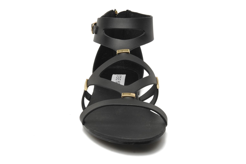 Sandalen Steve Madden COMMA schwarz schuhe getragen