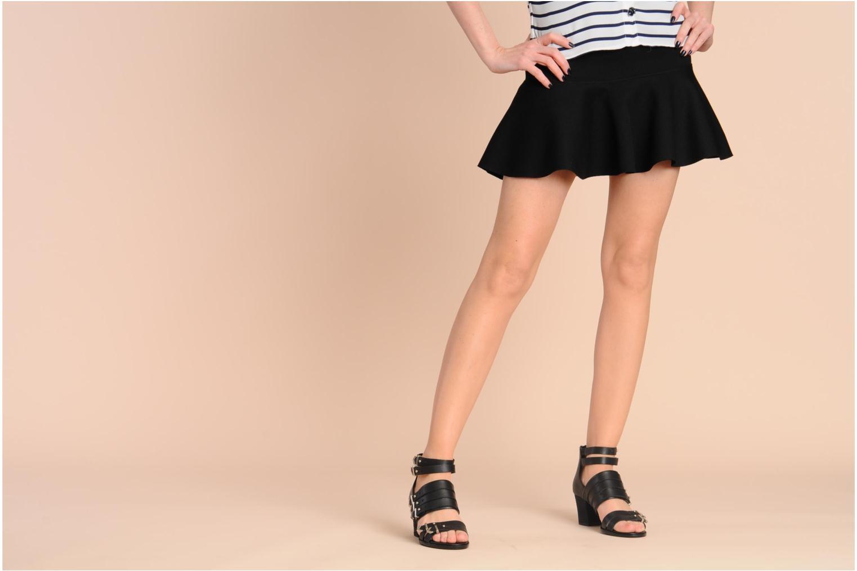 Sandalen Shellys London VALVORI weiß ansicht von unten / tasche getragen