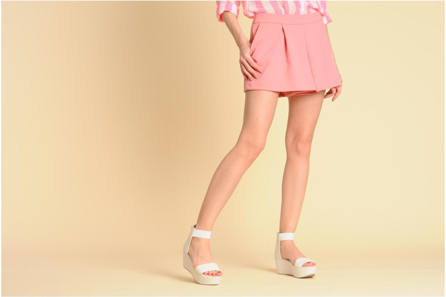 Sandals Shellys London MAGNI White view from underneath / model view