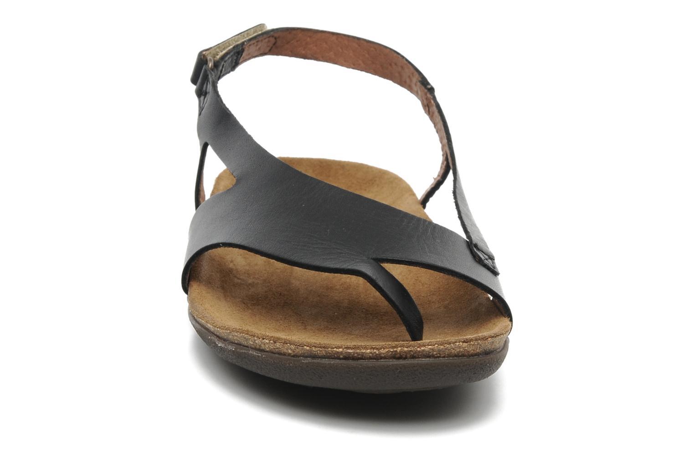 Sandales et nu-pieds Kickers Atomik Noir vue portées chaussures