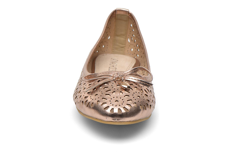Ballerines Latinas Bila Or et bronze vue portées chaussures
