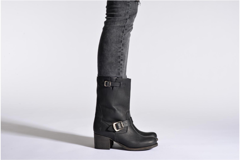 Bottines et boots Frye Vera Short Marron vue bas / vue portée sac