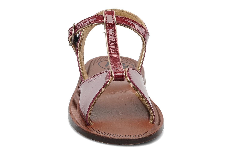 Sandales et nu-pieds PèPè Cythère Bordeaux vue portées chaussures