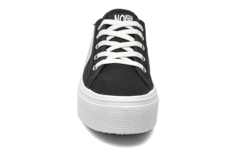Sneakers No Box Alma Sort se skoene på