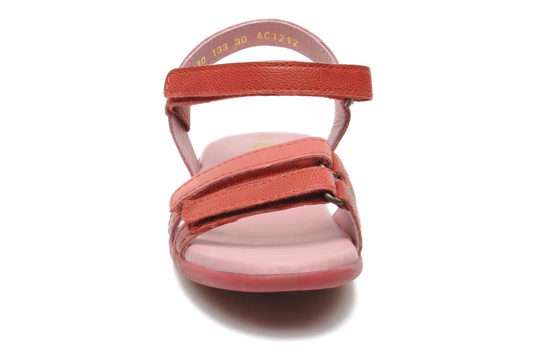 Sandales et nu-pieds Kickers Arcenciel Rose vue portées chaussures
