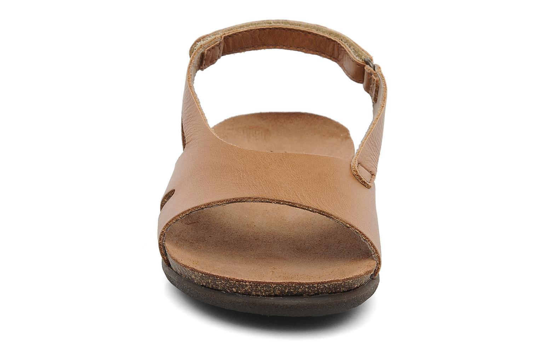 Sandalen Kickers Anatokid braun schuhe getragen
