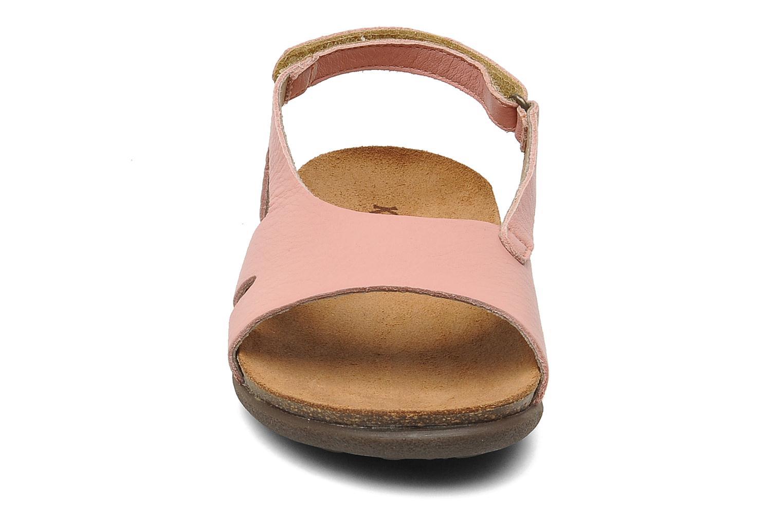Sandales et nu-pieds Kickers Anatokid Rose vue portées chaussures
