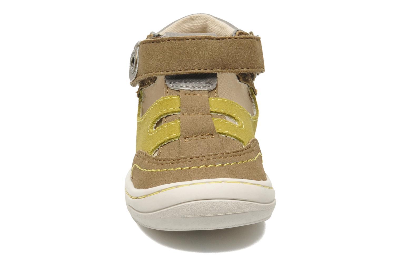 Sandales et nu-pieds Kickers Zelou Vert vue portées chaussures