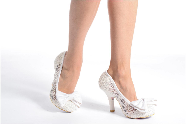 Zapatos de tacón Irregular choice Mal E Bow Beige vista de abajo