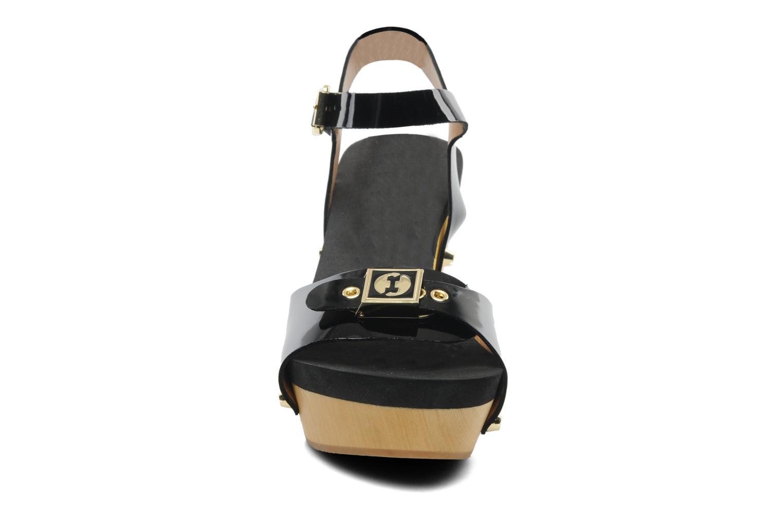 Sandalen Flogg Fantastic schwarz schuhe getragen