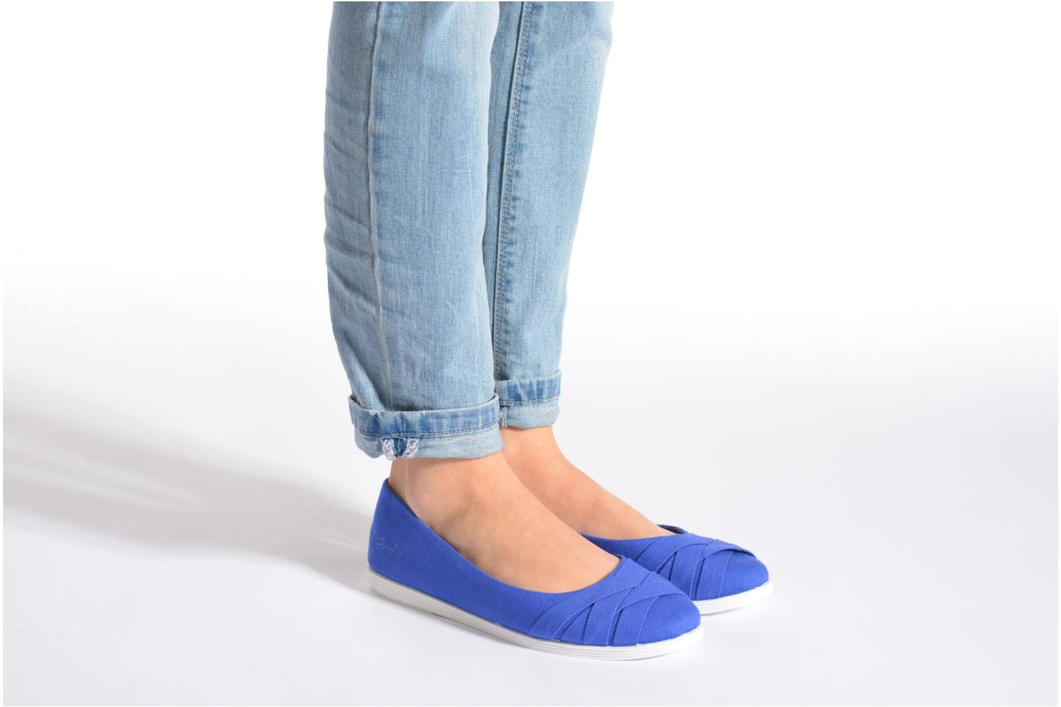 Ballet pumps Blowfish Glo Blue view from underneath / model view
