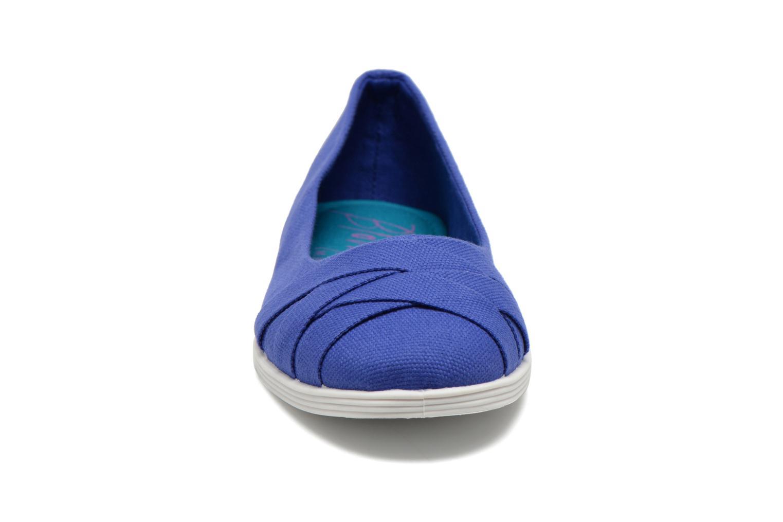 Ballerines Blowfish Glo Bleu vue portées chaussures
