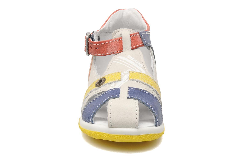 Sandales et nu-pieds GBB GEORGIO Gris vue portées chaussures
