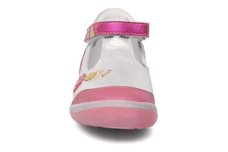Ballerines GBB GILLIANE Argent vue portées chaussures