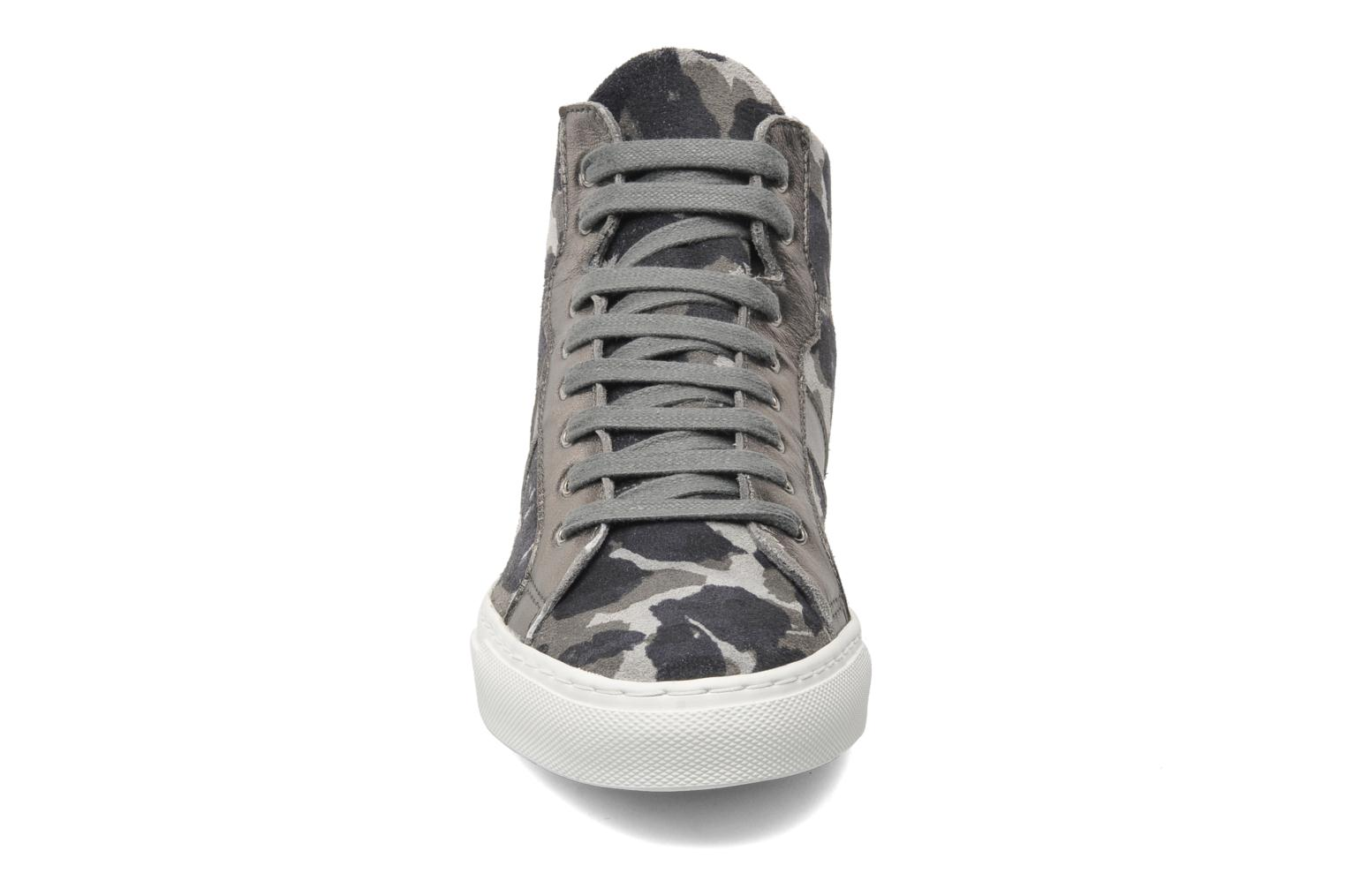 Trainers Bensimon Sneakys Camocolor Grey model view