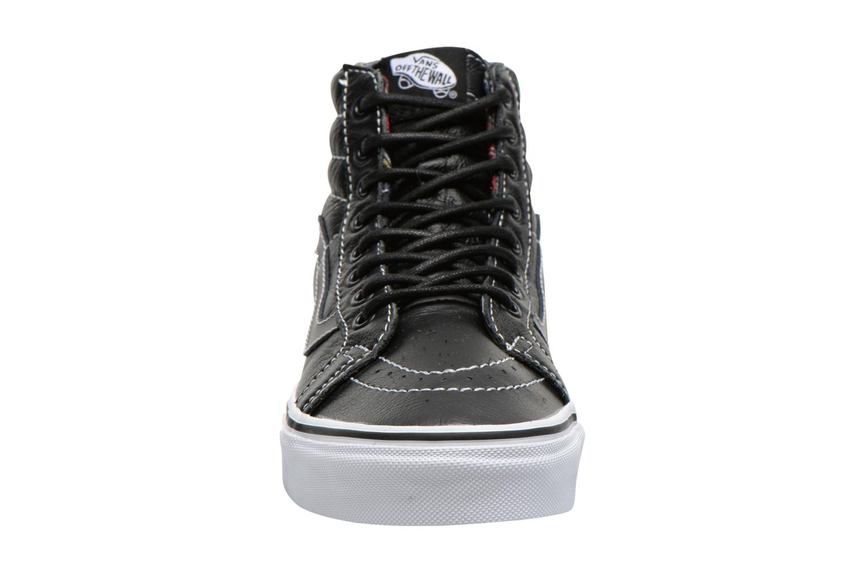 Baskets Vans Sk8-Hi Reissue W Noir vue portées chaussures
