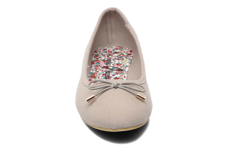 Ballerines I Love Shoes Thavolant Gris vue portées chaussures