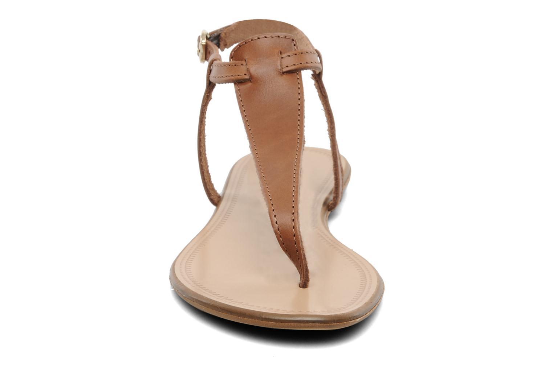 Sandalen Georgia Rose Lufluo cuir braun schuhe getragen