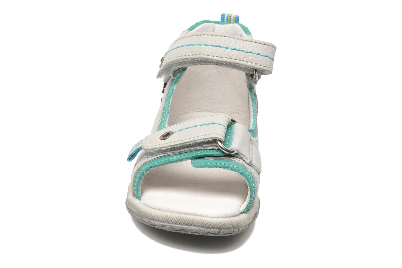 Sandalen Babybotte TITOUAN grau schuhe getragen