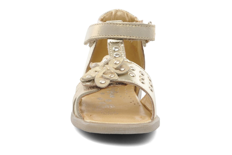 Sandalen Babybotte TAHIS gold/bronze schuhe getragen