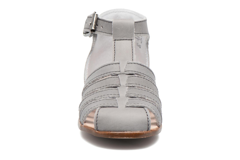 Sandalen Little Mary Jules grau schuhe getragen