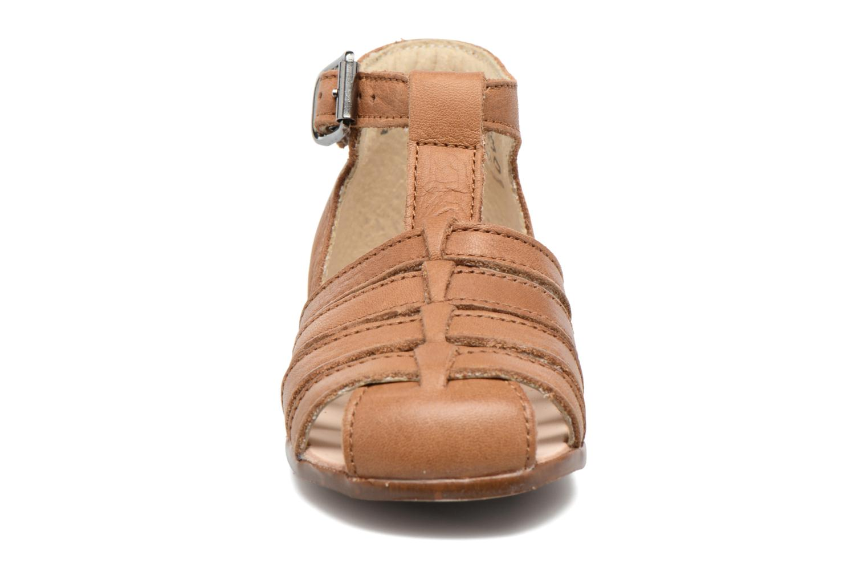 Sandales et nu-pieds Little Mary Jules Marron vue portées chaussures