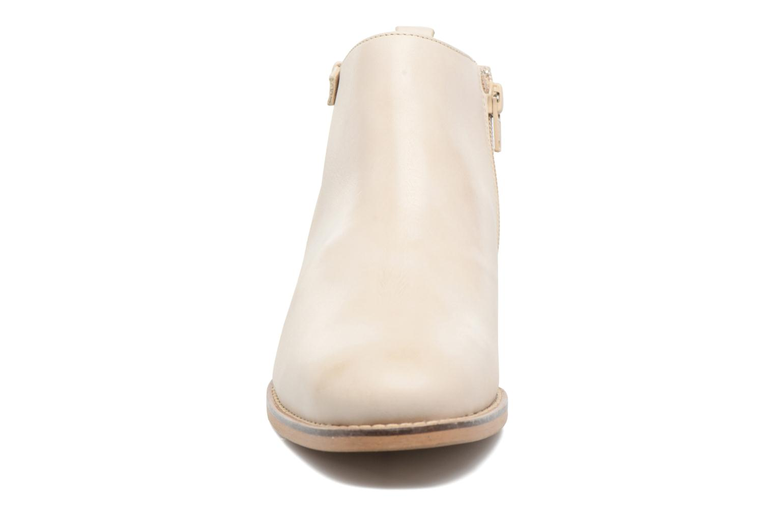Ankle boots Georgia Rose Tatouille Beige model view