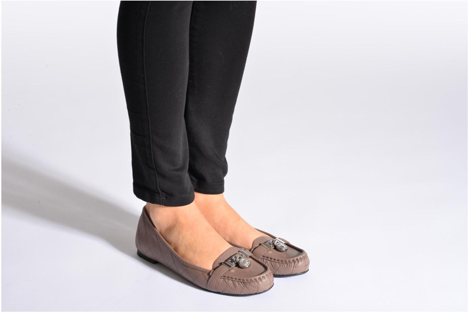 Loafers Michael Michael Kors Hamilton Moc Beige view from underneath / model view