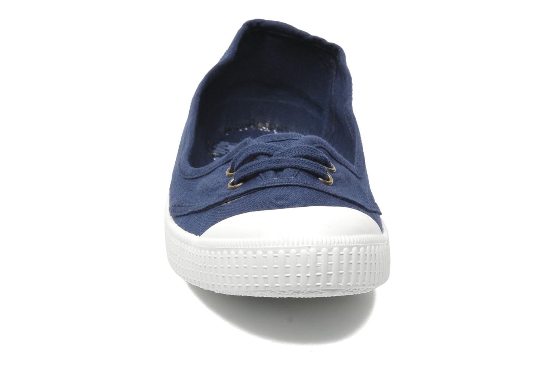 Ballerines Victoria Bailarina Inglesa Lona Bleu vue portées chaussures