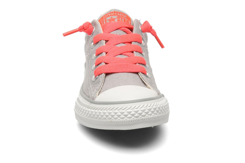 Baskets Converse Chuck Taylor All Star Street Ox K Gris vue portées chaussures