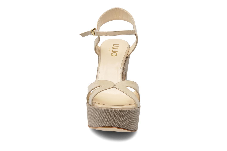 Sandales et nu-pieds Liu Jo Olimpia Monoblocco Beige vue portées chaussures