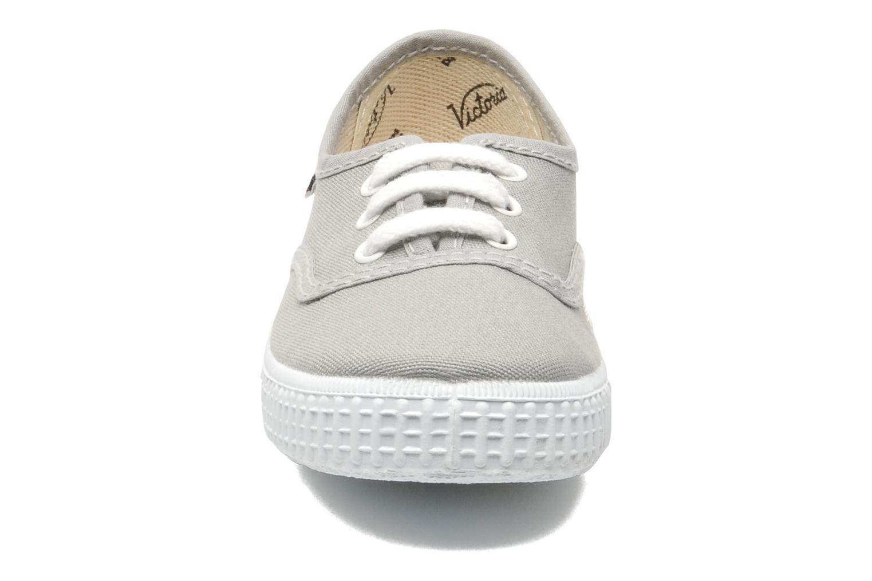 Sneakers Victoria Inglesa Lona Grijs model