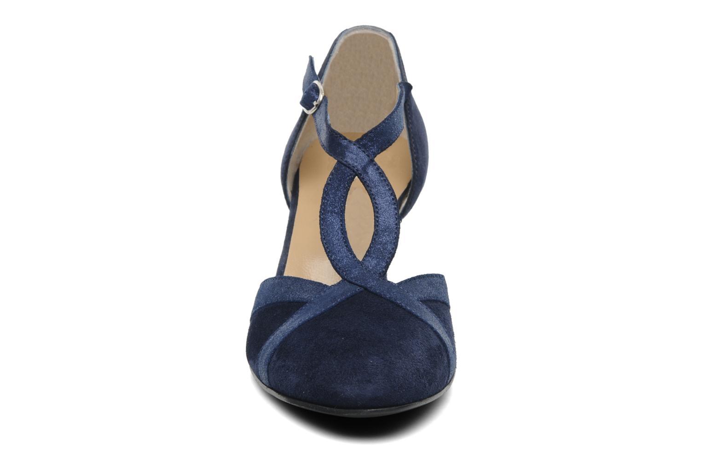 Zapatos de tacón Georgia Rose Titine Azul vista del modelo