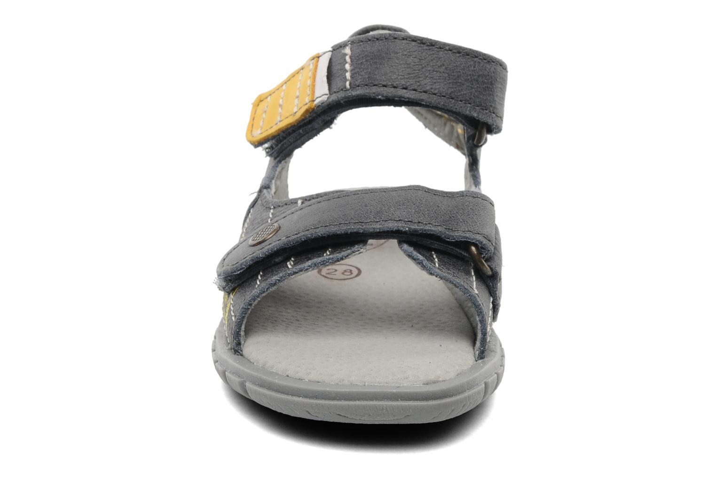 Sandales et nu-pieds Minibel Georges Gris vue portées chaussures