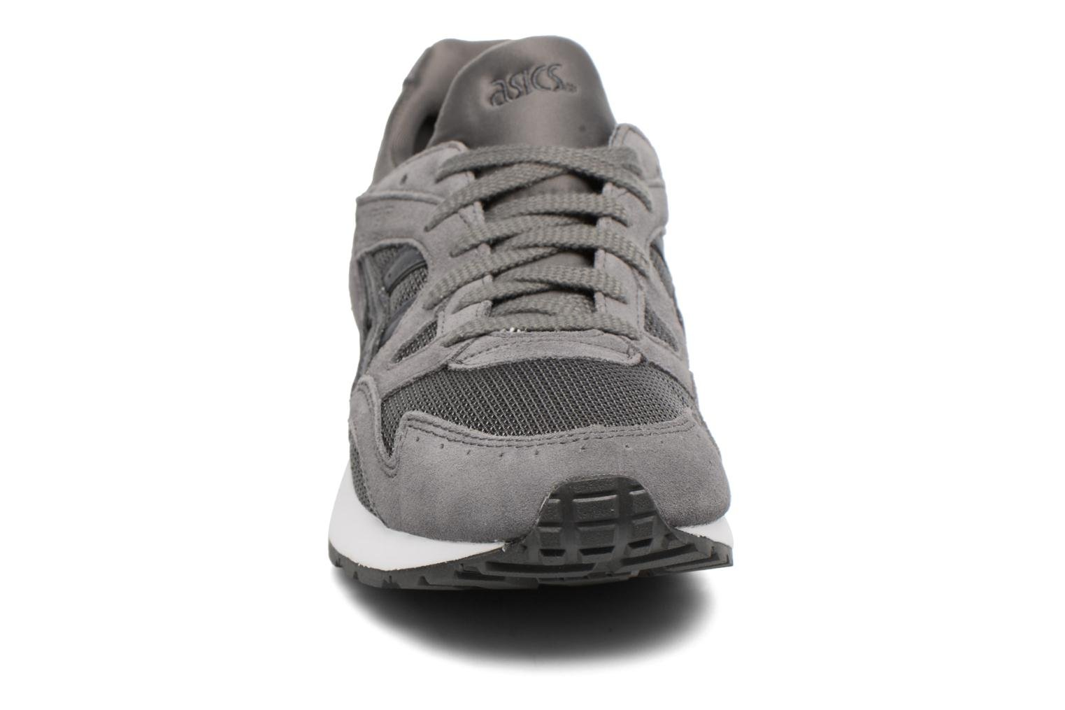 Trainers Asics Gel-Lyte V Grey model view