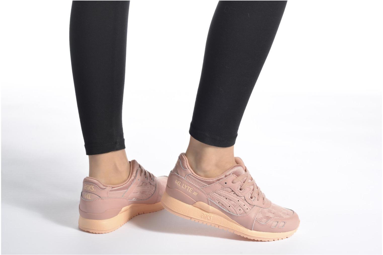 Sneaker Asics Gel-Lyte III W schwarz ansicht von unten / tasche getragen