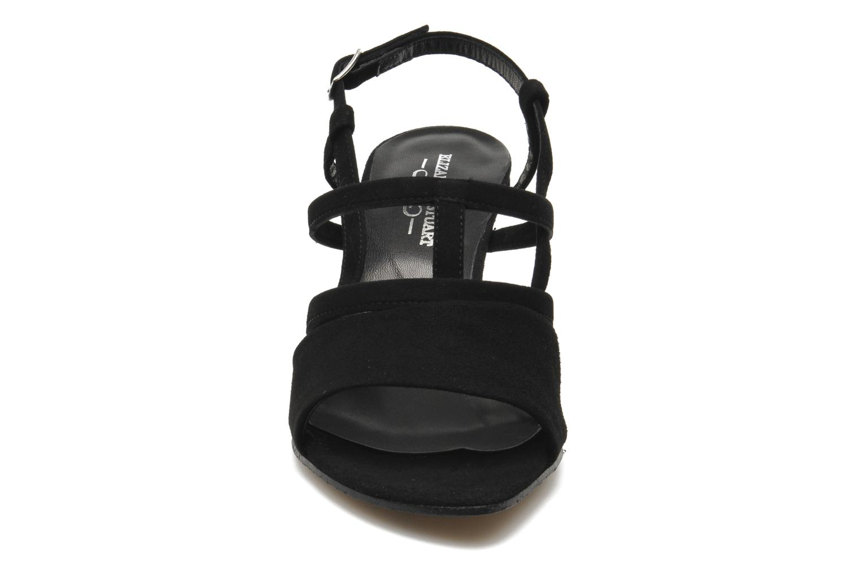 Sandales et nu-pieds Elizabeth Stuart Bamby 300 Noir vue portées chaussures