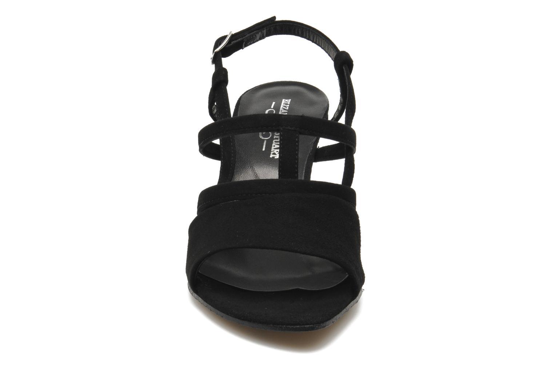 Sandals Elizabeth Stuart Bamby 300 Black model view