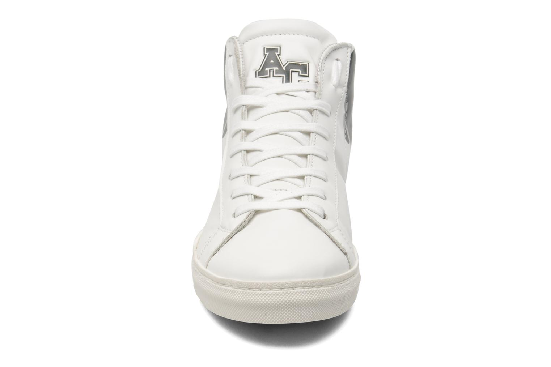 Sneaker American College Movie stars m weiß schuhe getragen