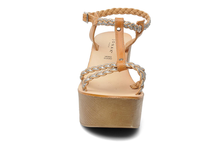 Sandales et nu-pieds Jonak Caroll Marron vue portées chaussures