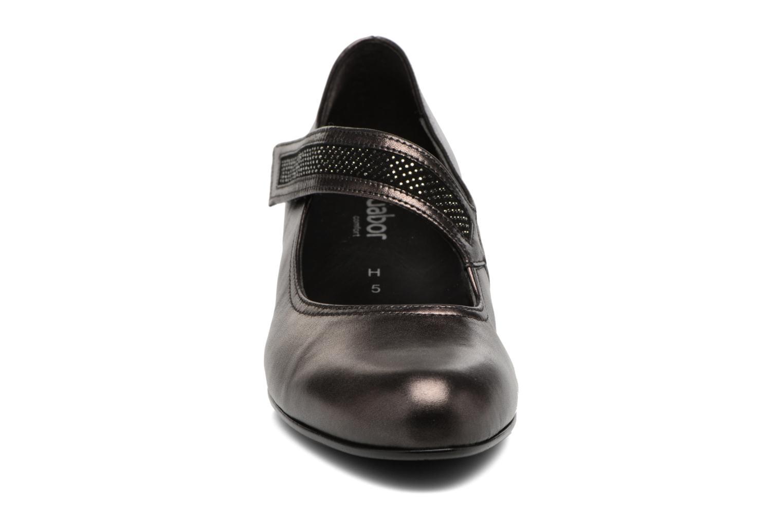 Escarpins Gabor Chiara Gris vue portées chaussures