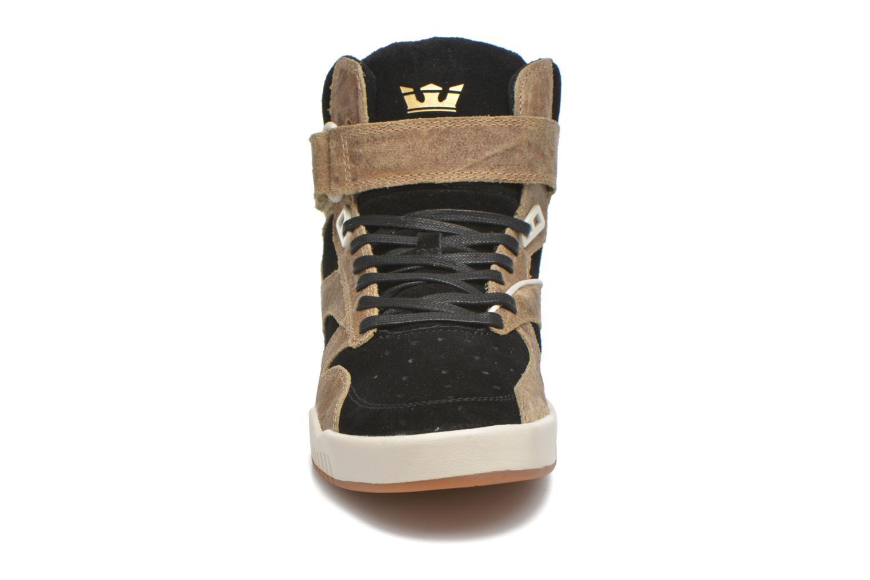 Baskets Supra Bleeker Marron vue portées chaussures